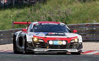 1位 Phoenix Racing Audi R8 LMS ultra